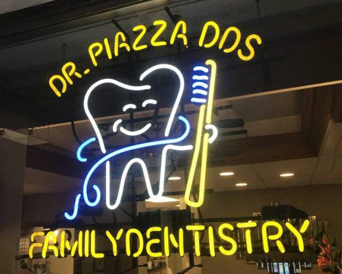 Thomas M. Piazza, DDS Entrance