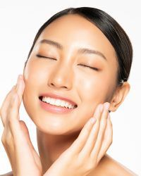 remove problem blemishes for clearer, healthier skin by 100% Beauty by MD