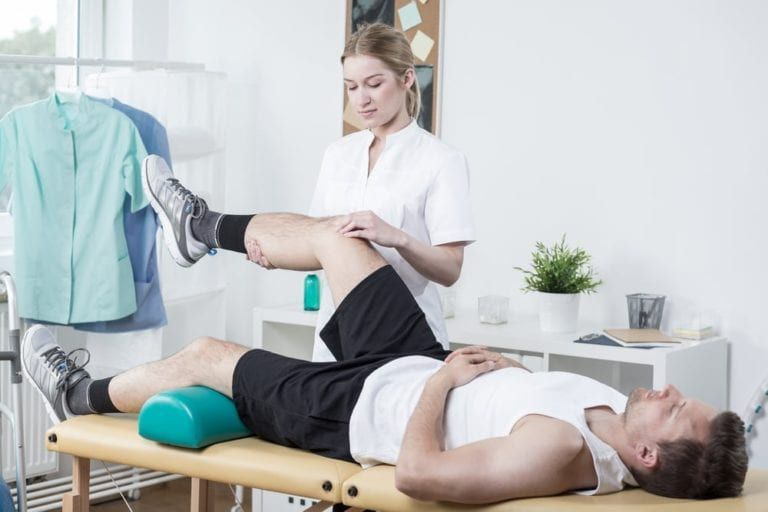 female doctor sport physical therapy