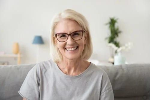 senior-woman-glasses
